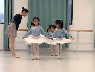 芭蕾舞练习方法